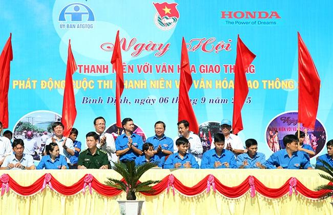"""Honda VN phát động cuộc thi """"Thanh niên với văn hóa giao thông"""""""
