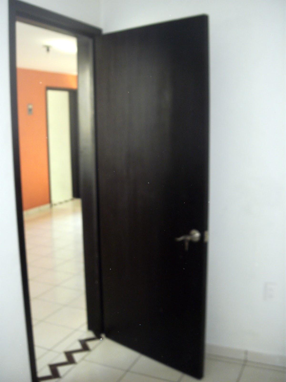 Fabrica de puertas de madera maple for Fabrica de puertas en villacanas