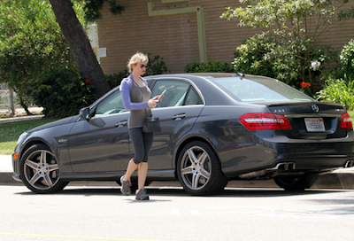 Renee Zellweger and Mercedes E Class
