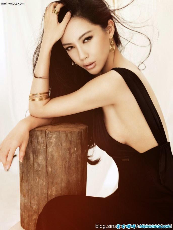 Pan Shuangshuang famous beauties stunner