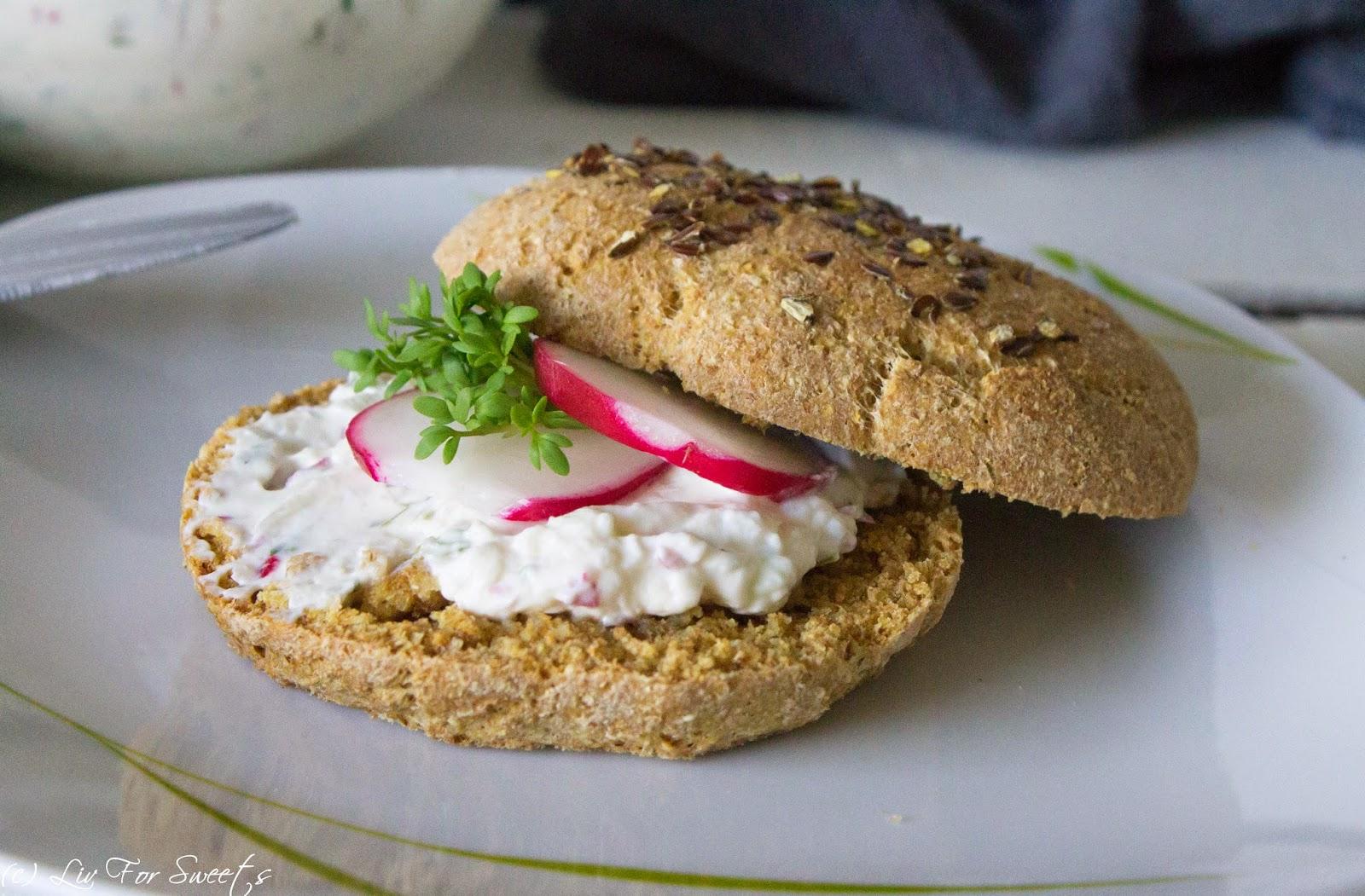 Dinkel Vollkorn Brötchen Radieschen Kresse Frischkäse, Frühstück, Osterfrühstück, Ostern, Rezept, Thermomix