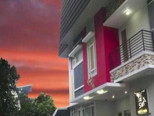 Hotel di Senayan Jakarta - House of Arsonia Tulip