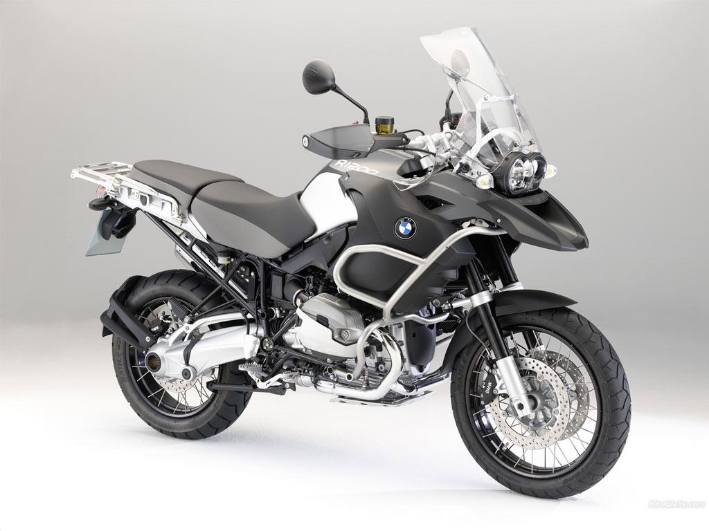 http://3.bp.blogspot.com/-808CP-eaX-4/TjwmY-L5j_I/AAAAAAAAAMs/Qhcmke3-LsE/s1600/BMW_R_1200_GS_outdoor_2010_09_1024x768.jpg