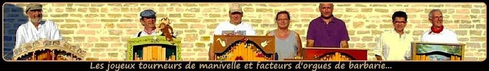 ♫ Les tourneurs de manivelles et facteurs d'orgues (Mettez le son)...