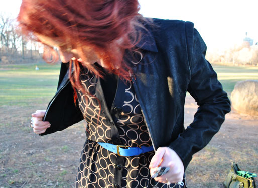 a style of your own blog, green leather gloves, TJ Maxx handbag, thrifted, TJ Maxx boots, H&M, blue belt, fashion blogger, prospect park