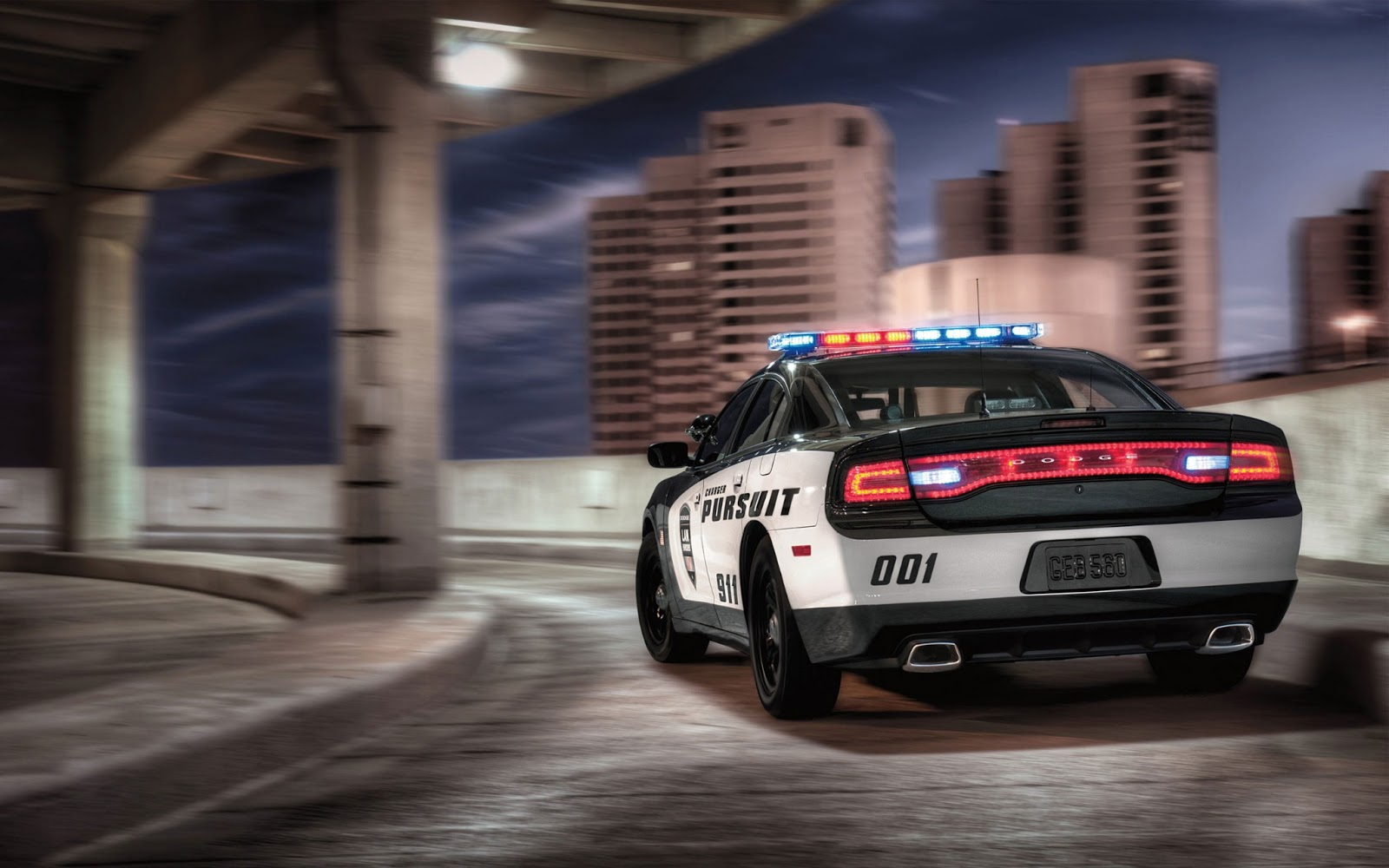 Wallpaper hd :2014 Dodge Charger Pursuit 2
