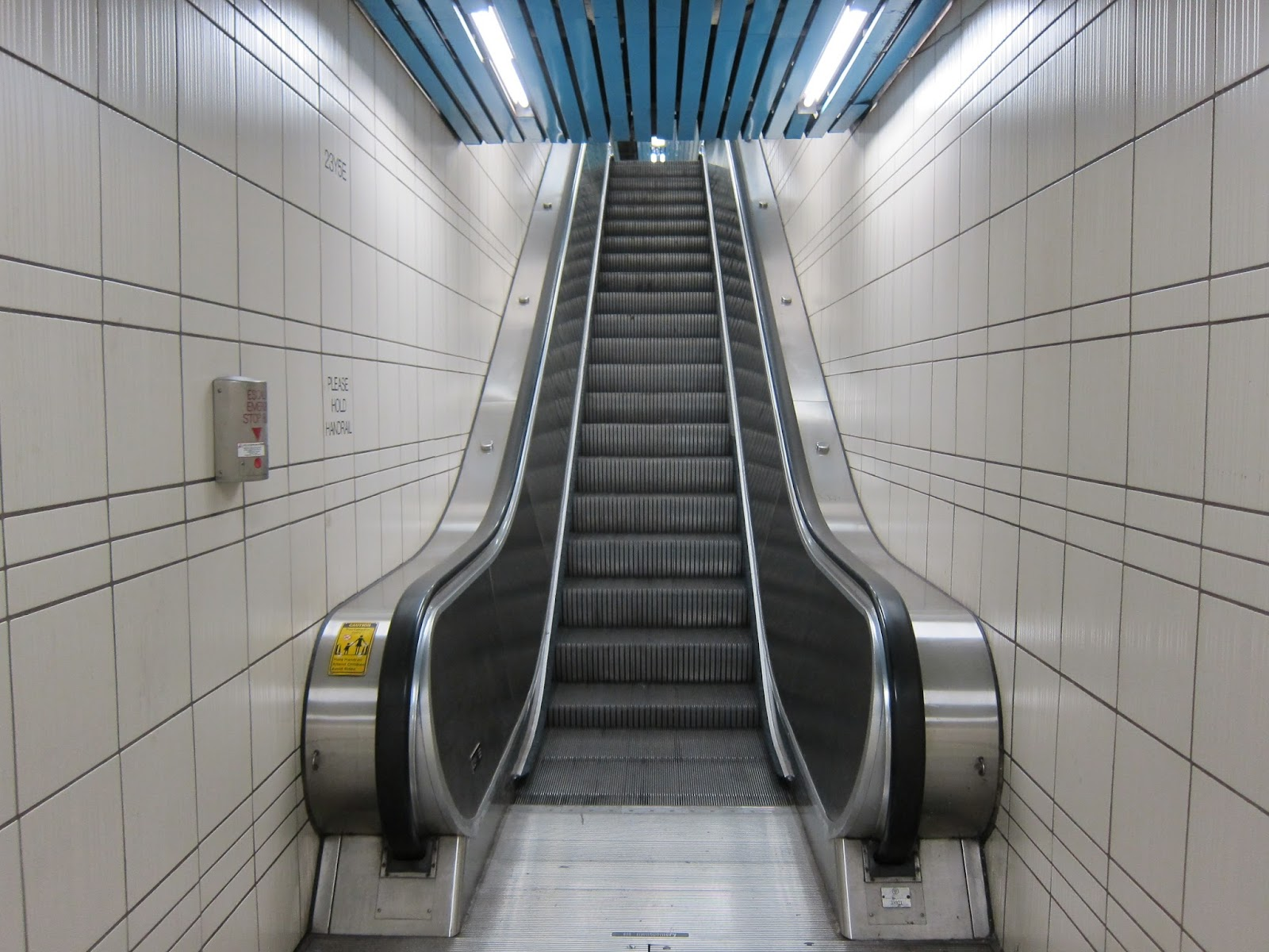 Escalator at North York Centre