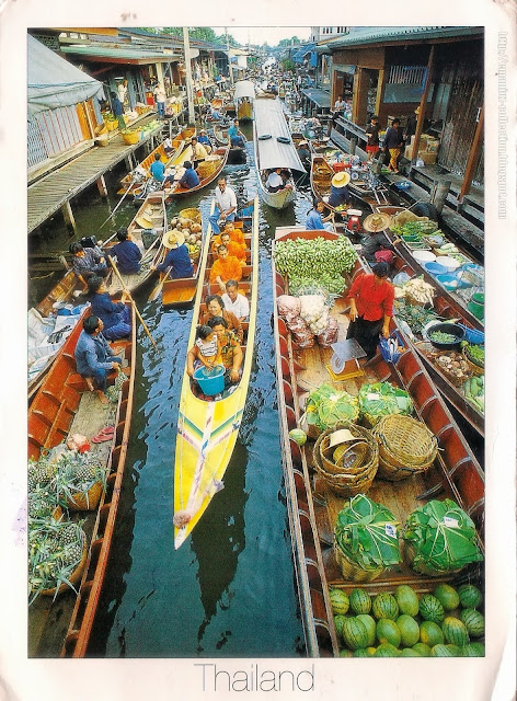 Floating Market at Damnernsaduak, Rajburi