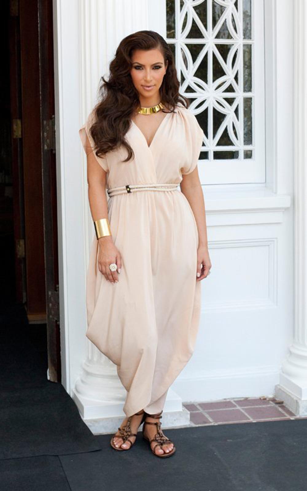 Kim Kardashian Haircut 07