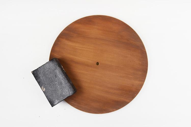 إضافة تأثير على سطح القطعة الخشبية