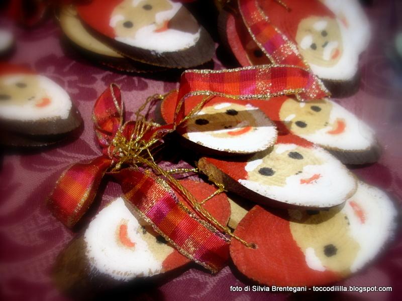 Tocco di li 39 lla 39 15 decorazioni natalizie con legno e perle - Decorazioni natalizie con legno ...