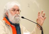 LEONARDO BOFF (14-10-1938) Teòleg, filossef, escriptor, professor, ecològista (BRASIL)