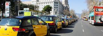 Desregular los taxis , las concesiones de BUS y las viviendas turísticas