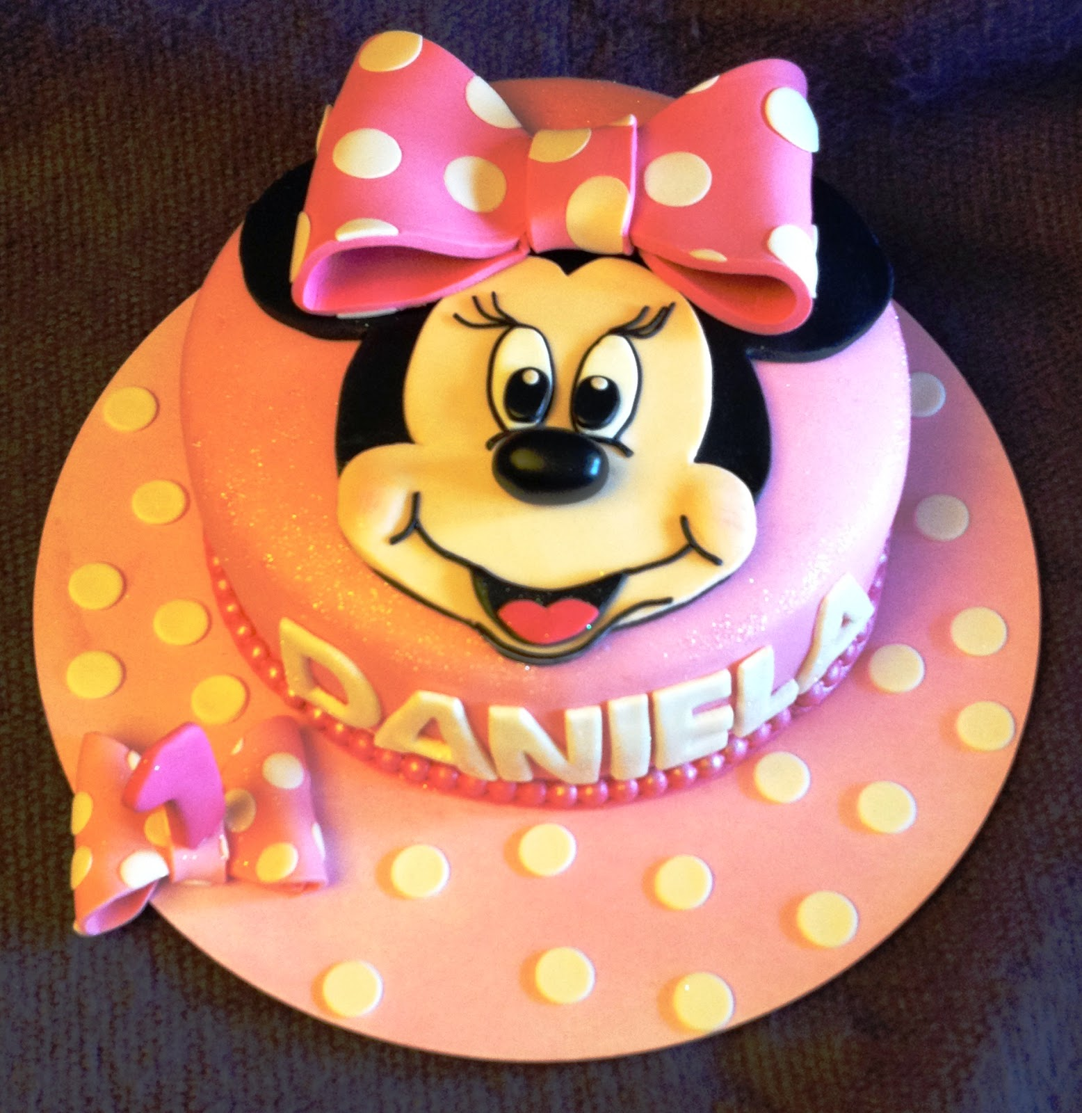 tarta fondant, tarta decorada; tarta minnie, tarta minnie fondant, tarta decorada minnie