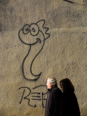 Little serpent, a common graffiti icon