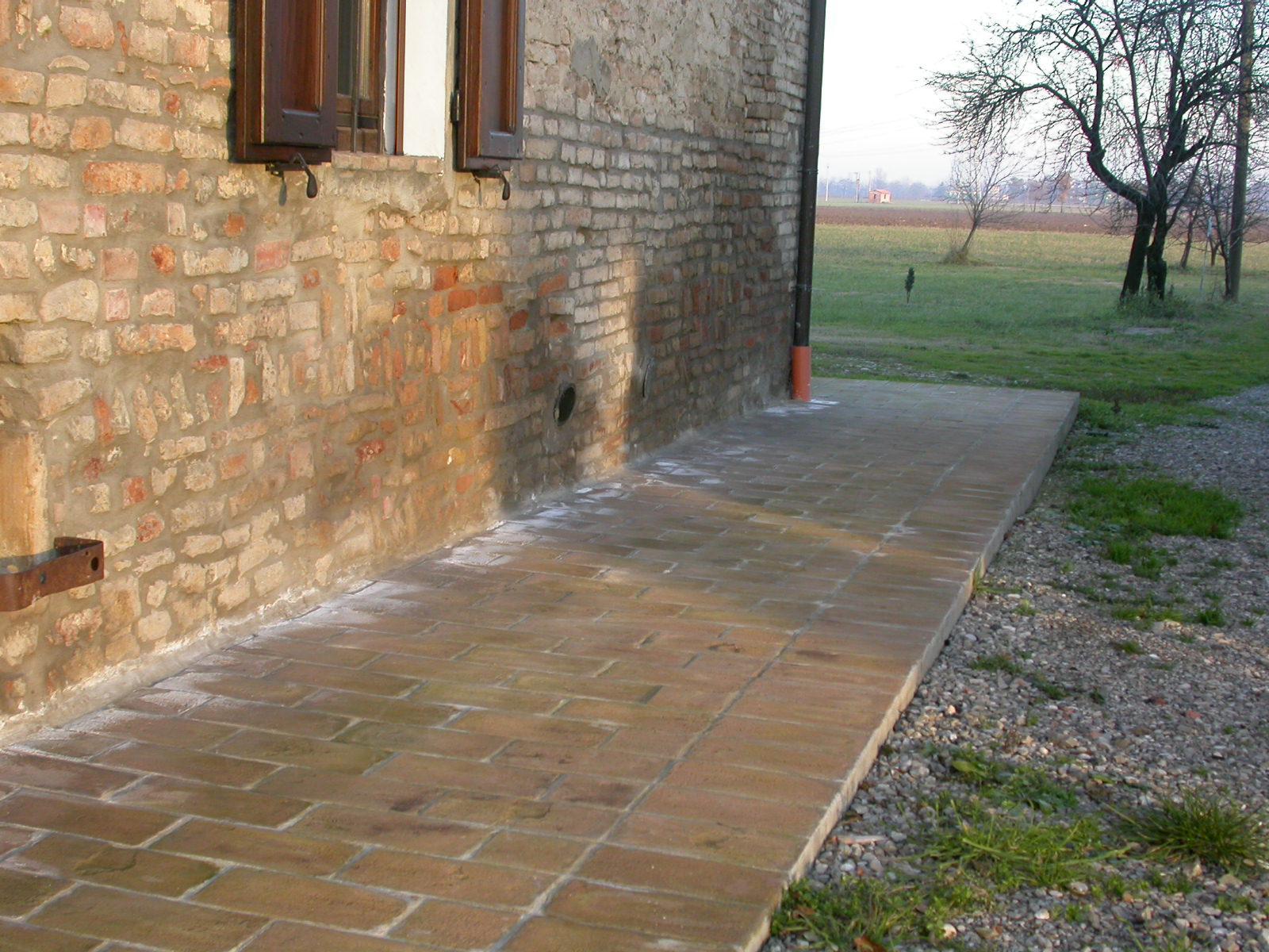 Muri umidi fondazione areata for Case con verande tutt attorno