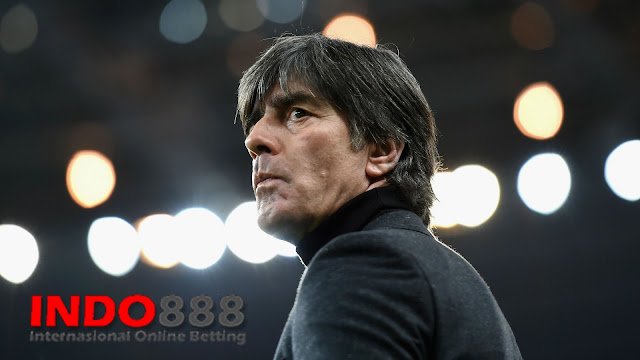 Joachim Low Shock ketika Bom Prancis vs Jerman Indo888News