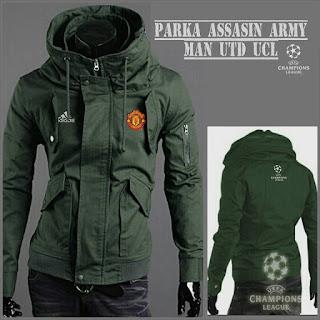Jaket Parka Assasin Manchester United