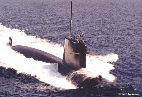 kapal selam rubis class
