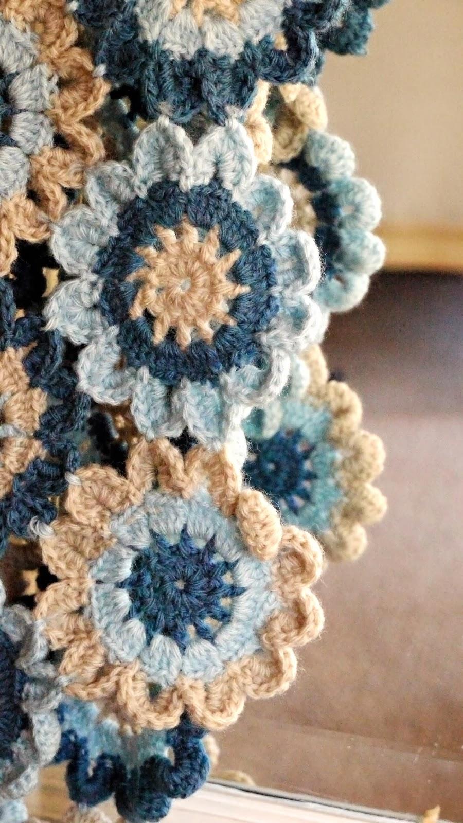 Porcupine Design: Crochet Japanese Flower Scarf