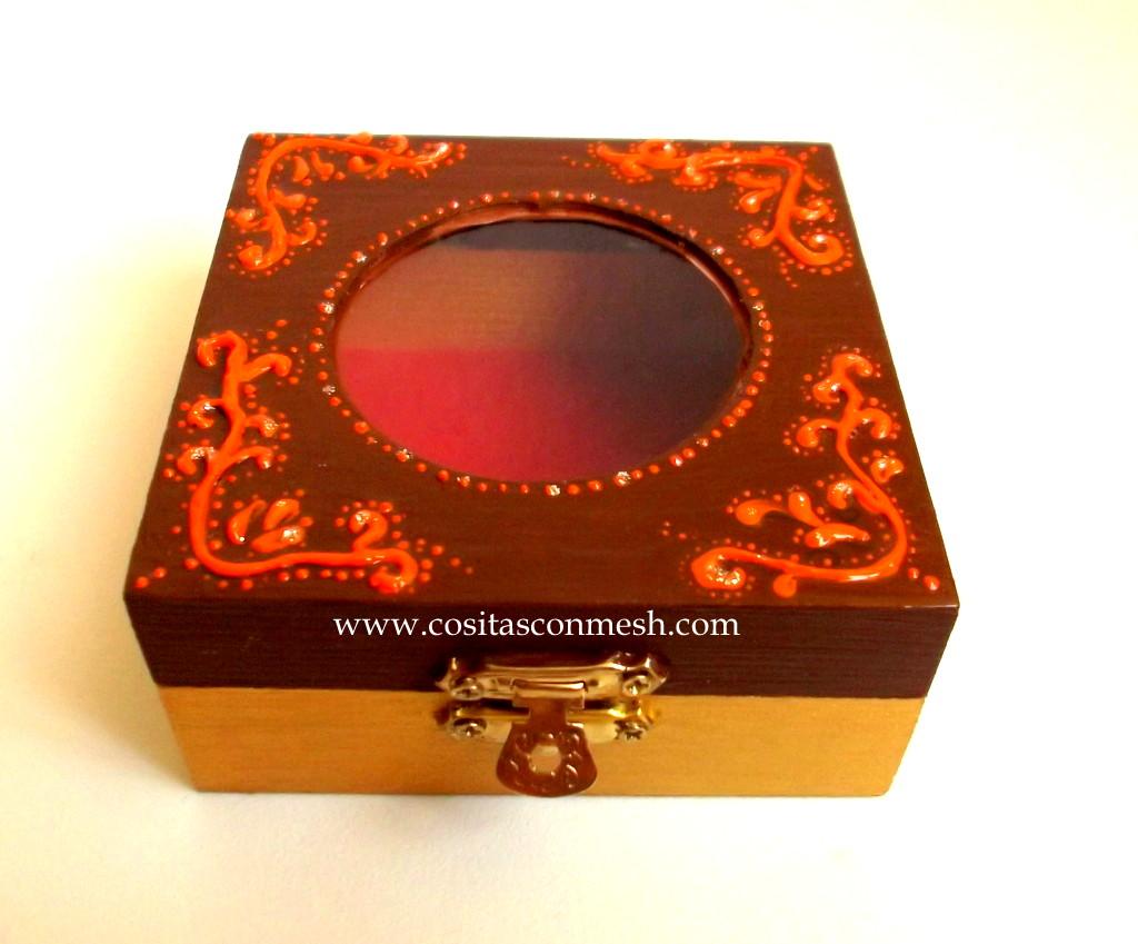 Como pintar y decorar una caja de madera cositasconmesh - Aprender a pintar en madera ...