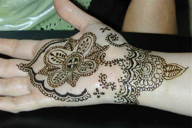 Simple Hand Mehndi Design 2012