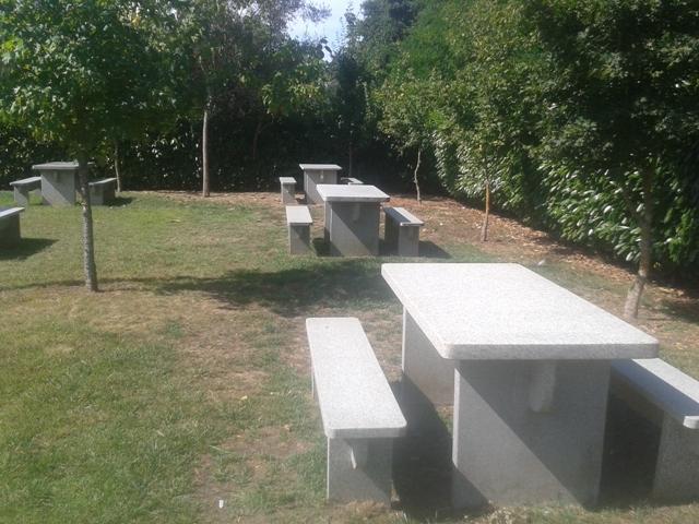 Mesas de Pic Nic de Granito