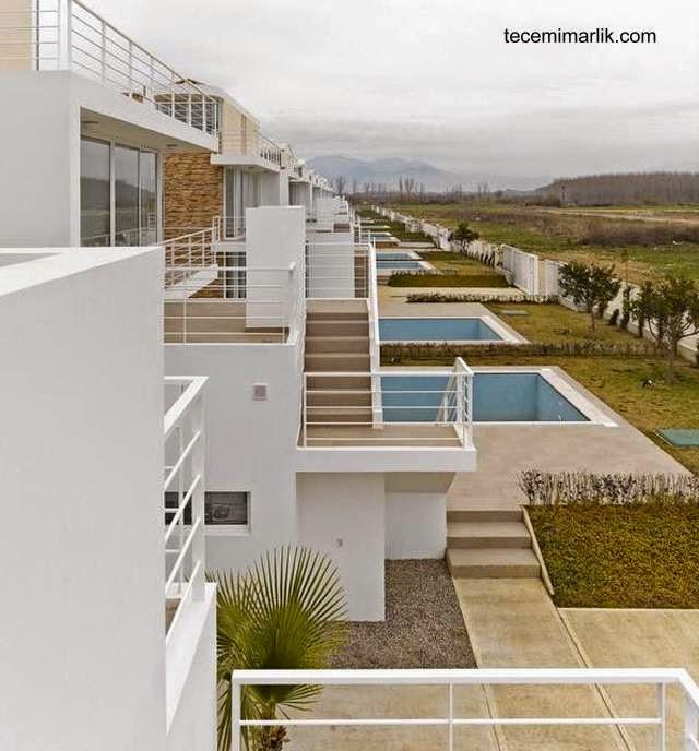 Casas contemporáneas en complejo suburbano de Turquía