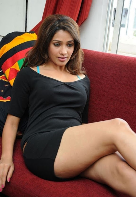 Actress Akshara Gowda Hot Photos