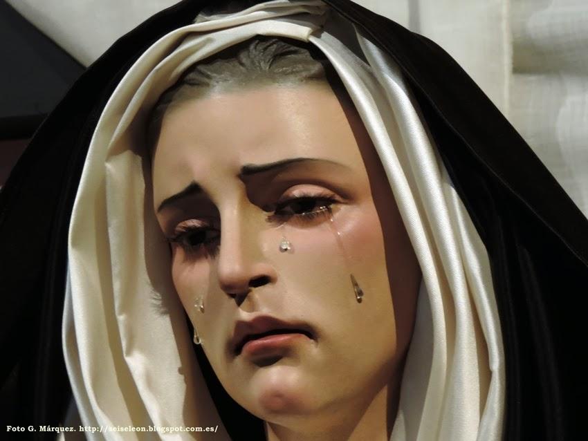 María Santísima del Mayor Dolor en su Soledad. Cofradía Santo Cristo del Desenclavo. León. Foto G. Márquez.