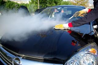 Auto mazgāšana ar tvaiku