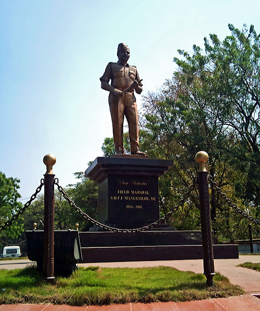 Manekshaw statue in Pune