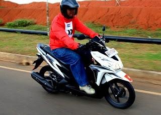 Berikut Tips Mengendarai Sepeda Motor Agar Tetap Irit