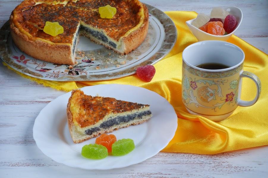 Тарт с маковой начинкой и сметанным суфле