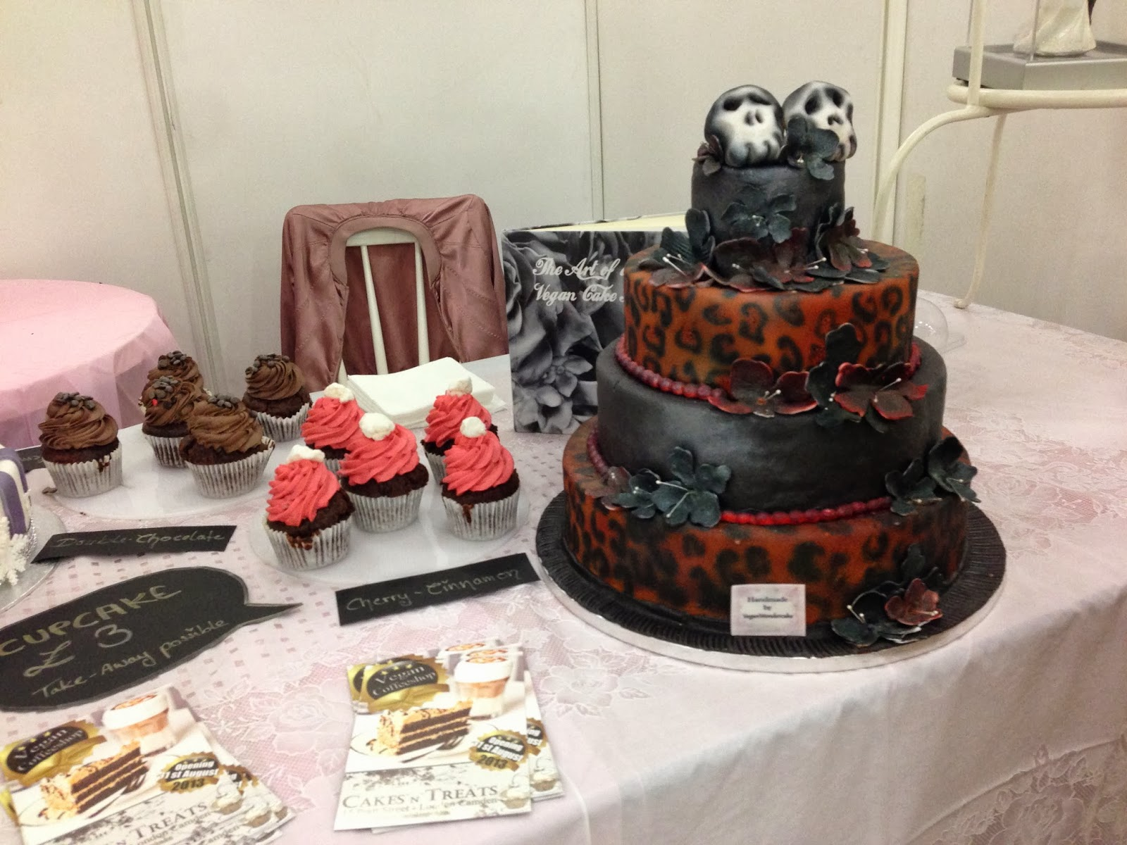 Gothic Wedding Cakes Viewing Gallery