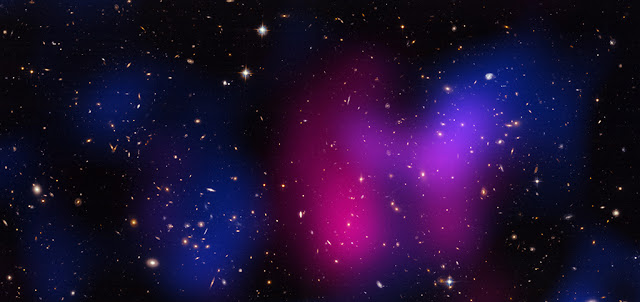 Musket Ball Cluster. X-ray: NASA/CXC/UCDavis/W.Dawson et al; Optical: NASA/STScI/UCDavis/W.Dawson et al.