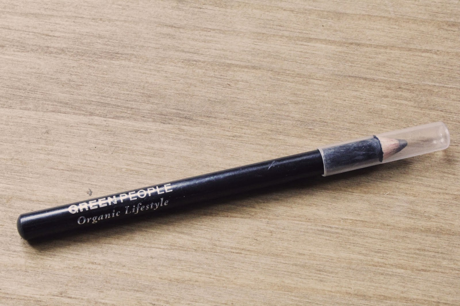 Review | Green People Eye Pencil in City Grey