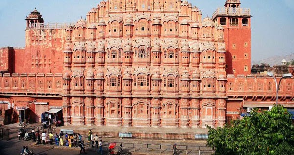 Interesting Tourism Places Worth Visiting In India Jaipur The Beautiful Pink City Of India An
