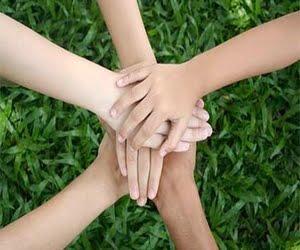 Γυριστε ολο τον κοσμο βοηθωντας ως εθελοντες