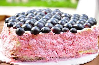 torta alla frutta cuore d'uva