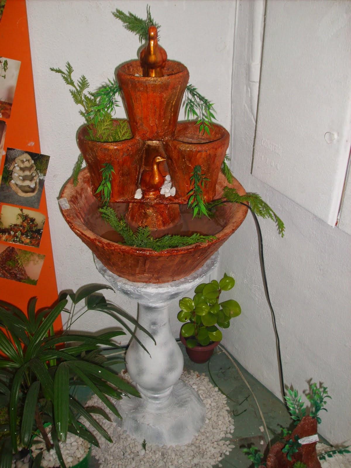 47.....ref : 0147 Cascata 3 potes com coluna