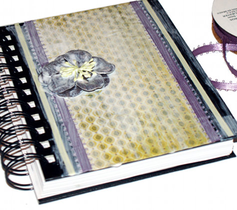 Decorate your sketch book with a decorative paper flower