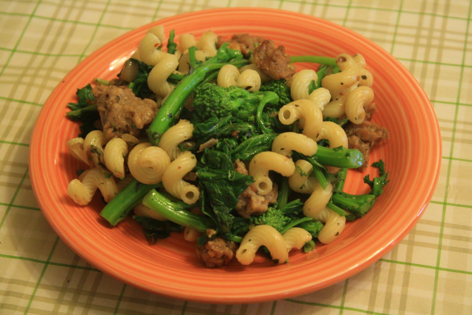 Joyfulgirl Makes: Pasta with Broccoli Rabe and Veggie Sausage