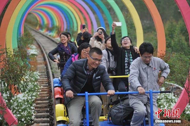 tunnel of love, terowong cinta, terowong cinta guangxi china, tempat menarik di dunia,