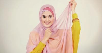 Tutorial Jilbab Segi Empat Paris untuk Silaturahmi - Indo Fashion
