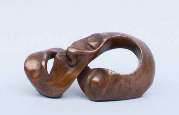 Michael Alfano esculturas de corpos rostos surreais bronze cobre Mente infinita