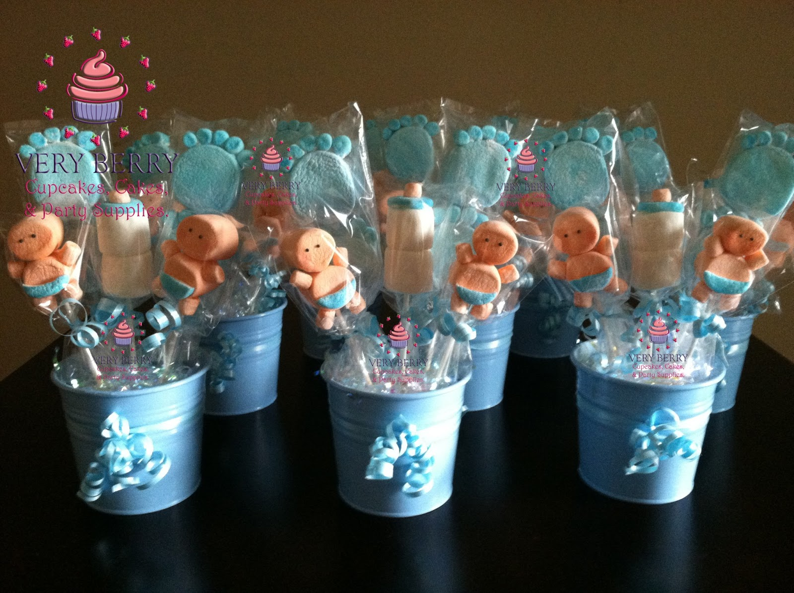 Veryberry cupcakes boy baby shower marshmallow centerpieces