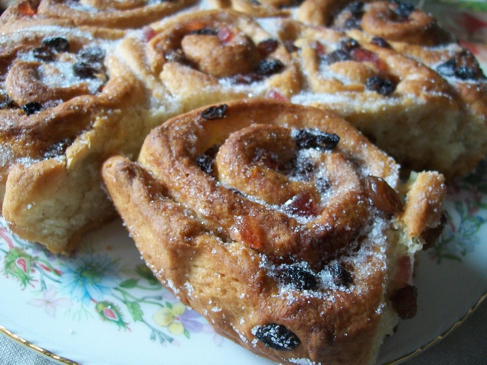 how to make plain buns with plain flour