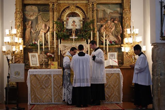 http://3.bp.blogspot.com/-84ZfN2VZrUI/UPfTIZGXGYI/AAAAAAAAH7U/GStkLw65oYU/s640/CATHOLICVS-Santa-Misa-Toledo-Espana-Holy-Mass-Toledo-Spain-2.jpg