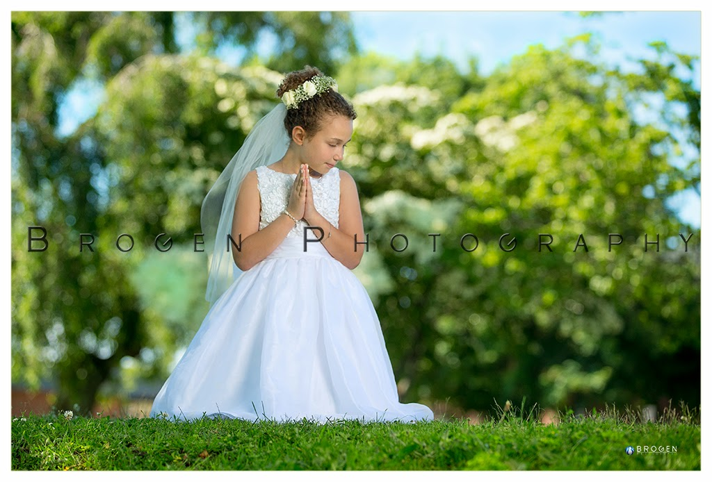 Burlington MA, First Communion Portraits, First Communion Photographer, Family Portraits, Childrens Portraits, Sports Photography, Youth Sports Photographer, Youth Sports Leagues, Executive Portraits, Business Portraits, Business Headshots, Executive Headshots